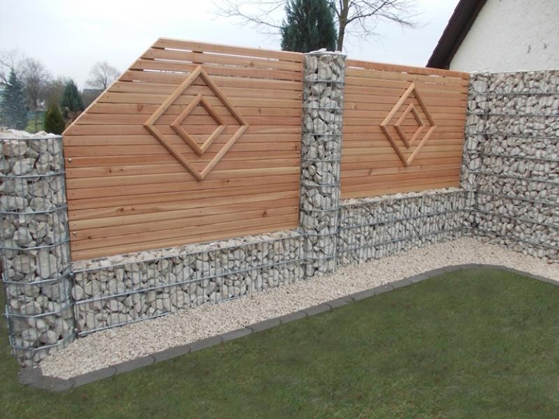 Terrasse Stein Holz Kombination holz stein rembart holz im garten