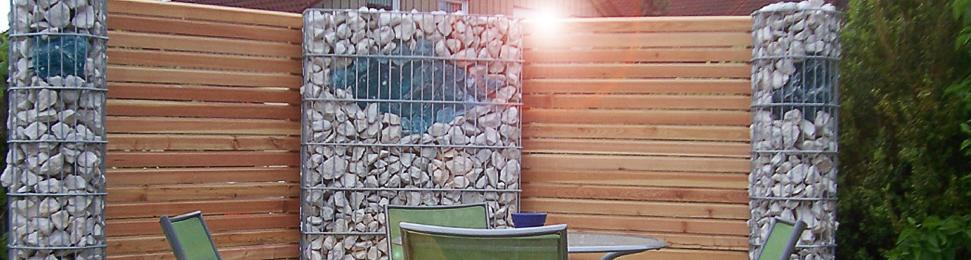 gartenzaun holz und stein – godsriddle, Gartenbeit